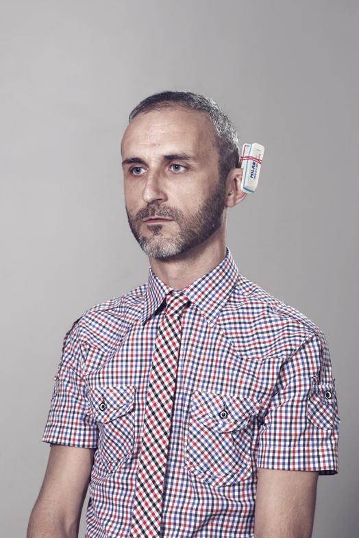 Auto-retrato con corbata, 2012
