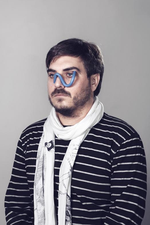 Auto-retrato con pañuelo, 2013